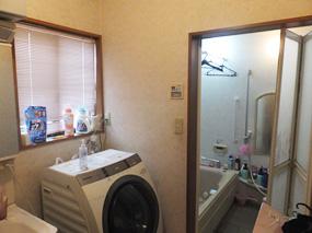H邸洗面室・施工前