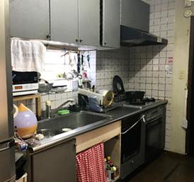 U様邸・キッチン・前・松本